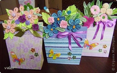 """К празднику для подруг """"вырастила"""" такие цветы в горшочках. У нас в СМ немало емсть подобных работ. МК таких открыток (фото и видео) есть на этом сайте: http://www.splitcoaststampers.com/resources/tutorials/flowerpotpocket/  фото 1"""