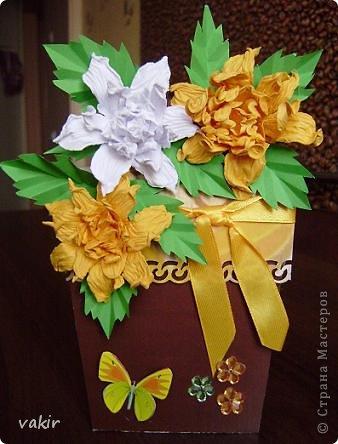 """К празднику для подруг """"вырастила"""" такие цветы в горшочках. У нас в СМ немало емсть подобных работ. МК таких открыток (фото и видео) есть на этом сайте: http://www.splitcoaststampers.com/resources/tutorials/flowerpotpocket/  фото 10"""