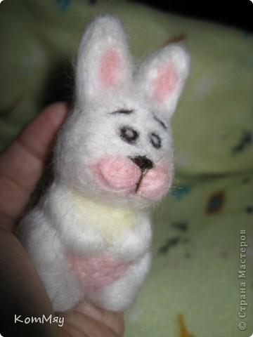 Сегодня на радостях вытыкала новую зверушку - заИса...  Вот такой он получился - мартовский заяц! фото 3