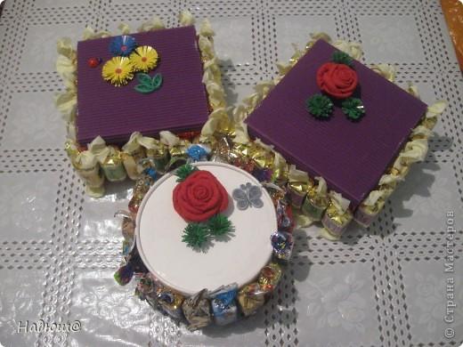 Эти подарочки - моим коллегам:) Вот так вот по - весеннему:) И вкусненько - с конфетками фото 1