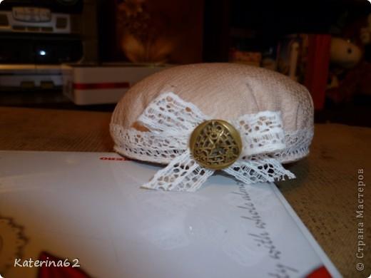 Мастер-класс по пошиву вот такой вот симпотичной и очень простой игольницы. фото 19