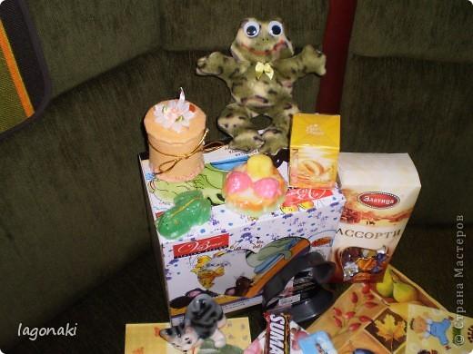 Получила сегодня подарки от Светланы(КотМяу)Сижу в шоке.Все разглядываю.И думаю о доброте человеческой.... фото 2