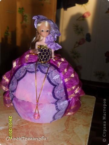 Все куклы созданы по мастер классам ineska https://stranamasterov.ru/node/128514 и Ксения 2010 https://stranamasterov.ru/node/208355. Украшала правда, используя собственную фантазию.  фото 9