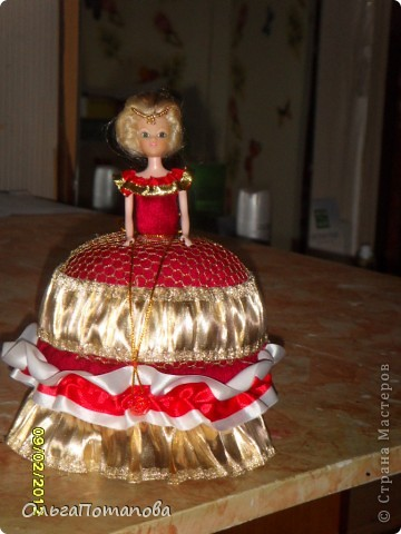 Все куклы созданы по мастер классам ineska https://stranamasterov.ru/node/128514 и Ксения 2010 https://stranamasterov.ru/node/208355. Украшала правда, используя собственную фантазию.  фото 14