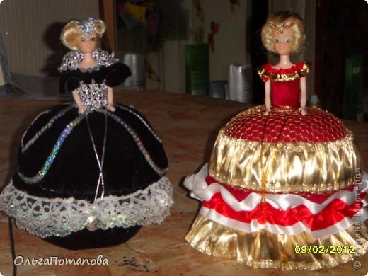 Все куклы созданы по мастер классам ineska https://stranamasterov.ru/node/128514 и Ксения 2010 https://stranamasterov.ru/node/208355. Украшала правда, используя собственную фантазию.  фото 16