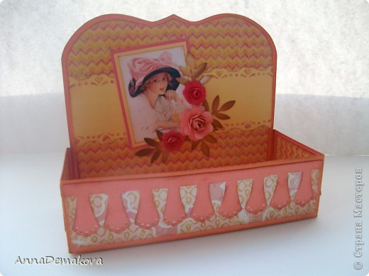 Сделала вот такие коробочки для чая. А вообще то их можно использовать и под всякие разные нужные штучки - пуговички, цветочки, булавки, даже под бижутерию. Как захочется. фото 3