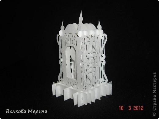 Это разновидность киригами. Из бумаги делаются объёмные изделия (имеющие сетчатую структуру), при этом их можно легко сложить и они будут плоские как лист бумаги. Так же легко восстанавливают свой объёмный вид. Очень удобно использовать в поздравительных открыточках. Я решила собрать коллекцию. Можно сказать это образцы для будующих работ.  фото 4