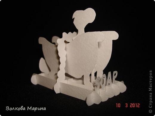 Это разновидность киригами. Из бумаги делаются объёмные изделия (имеющие сетчатую структуру), при этом их можно легко сложить и они будут плоские как лист бумаги. Так же легко восстанавливают свой объёмный вид. Очень удобно использовать в поздравительных открыточках. Я решила собрать коллекцию. Можно сказать это образцы для будующих работ.  фото 53