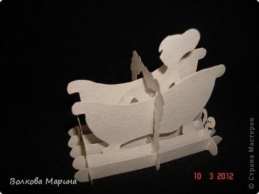Это разновидность киригами. Из бумаги делаются объёмные изделия (имеющие сетчатую структуру), при этом их можно легко сложить и они будут плоские как лист бумаги. Так же легко восстанавливают свой объёмный вид. Очень удобно использовать в поздравительных открыточках. Я решила собрать коллекцию. Можно сказать это образцы для будующих работ.  фото 55
