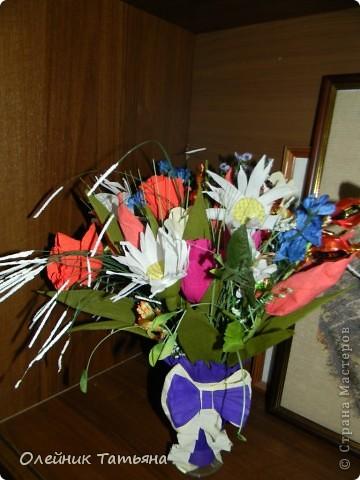 В эти цветочки спрятаны конфетки  К сожалению, я недавно на сайте, поэтому мастер класс не снимала фото 1