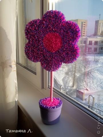 Вот и у меня теперь есть такой цветочек благодаря вот этому МК. https://stranamasterov.ru/node/271654 Автору спасибо за такой подробный МК. фото 2