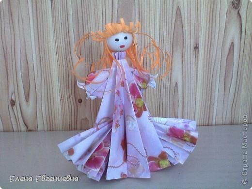 Снежа, использовав свои умения в оригами, решила для сестры смастерить такую вот принцессу. Мы все были в восторге. Думаю, что сестричке тоже понравилось. фото 3