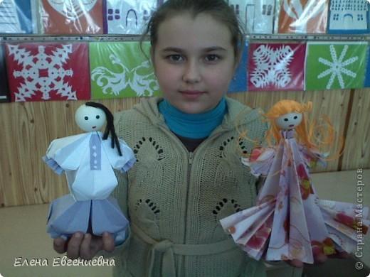 Снежа, использовав свои умения в оригами, решила для сестры смастерить такую вот принцессу. Мы все были в восторге. Думаю, что сестричке тоже понравилось. фото 4