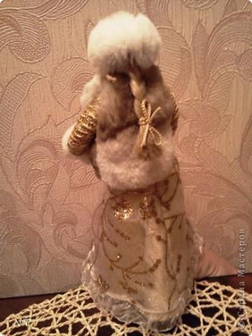 "Каркасная кукла ""ЗИМУШКА - ЗИМА""(детская коллективная работа) фото 6"