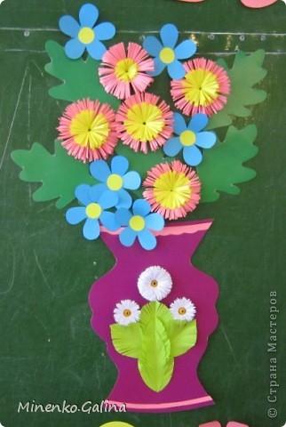 """Накануне 8 марта в нашем 2 классе прошёл праздник """"Супербабусі 2012 """". К празднику,кроме поздравлений нужно было приготовить подарки. фото 8"""