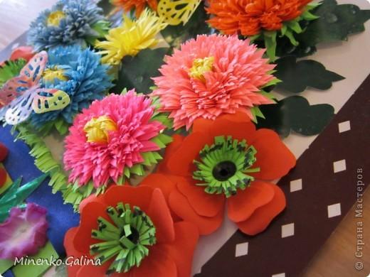 """Накануне 8 марта в нашем 2 классе прошёл праздник """"Супербабусі 2012 """". К празднику,кроме поздравлений нужно было приготовить подарки. фото 19"""