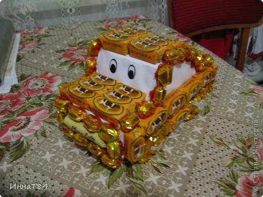 Машинка из конфет на подарок ) фото 1
