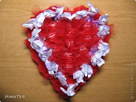 Сердце из конфет фото 1