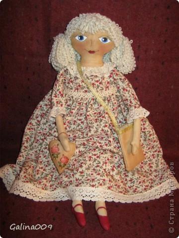 Кукла сшита по мастер-классу Елены Коган. Это замечательная мастерица кукол.  фото 1