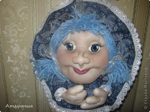 В честь Всемирного праздника кукольников сегодня появились две новеньких... Они разные, но все таки сестренки и шились одновременно. И поедут жить в стольный град Москву, в Солнцево, к двум очень хорошим женщинам, маме и дочке. Поэтому надеюсь, что сестренки смогут ещё встретиться фото 2