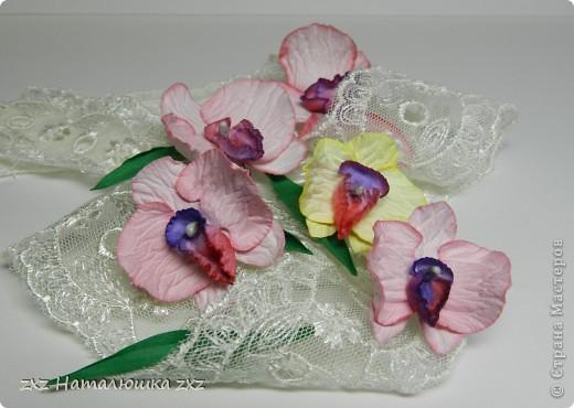 """""""И тут Остапа понесло....""""Это я про себя)))Здравствуйте!Появилась у меня задумка одна,и для её осуществления мне нужны орхидеи..Порылась в сети-нашла орхидеи- оригами;из гофробумаги;из бисера;из пластики,квиллинговые...просто из бумаги не нашла(((Ну и ладно-решила попробовать сама сделать.Но одной скучно-давайте вместе? фото 1"""