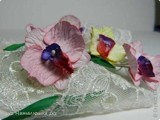 """""""И тут Остапа понесло....""""Это я про себя)))Здравствуйте!Появилась у меня задумка одна,и для её осуществления мне нужны орхидеи..Порылась в сети-нашла орхидеи- оригами;из гофробумаги;из бисера;из пластики,квиллинговые...просто из бумаги не нашла(((Ну и ладно-решила попробовать сама сделать.Но одной скучно-давайте вместе? фото 13"""