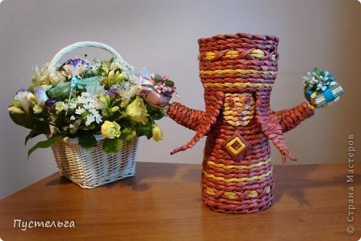 Поделка изделие Плетение Подарушка Бумага газетная фото 12