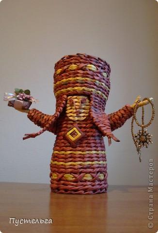 Поделка изделие Плетение Подарушка Бумага газетная фото 1