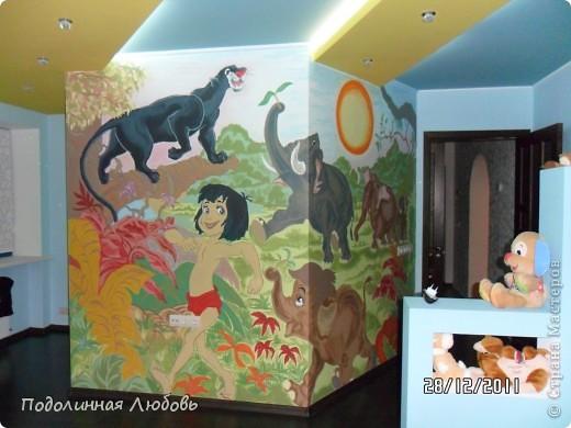 роспись стены в детской внучат фото 1