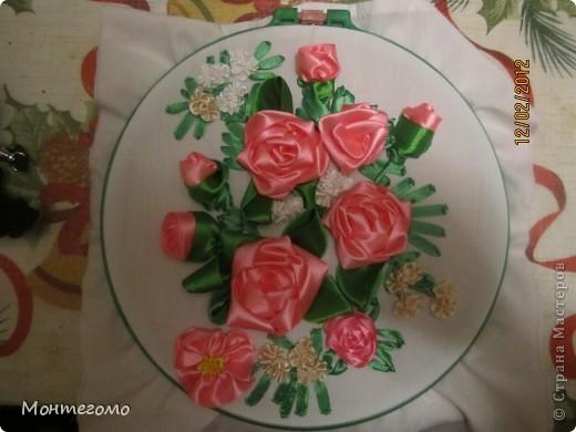 Вышивка лентами Розы Ленты