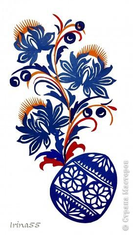 Обычай делать писанки пришел к нам с языческих времен. В те годы люди обожествляли солнце, деревья, животных. Они полагали. что если на яйцо нанести символы дерева, солнца или животного, то оно приобретет магическую силу. Олень, изображенный на писанке  - это символ достатка и благополучия. фото 4
