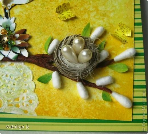 Весной природа оживает ,просыпается .Появляется первая зелень,зацветают первоцветы,птицы вьют гнёзда и высиживают птенцов-ЖИЗНЬ ПРОДОЛЖАЕТСЯ!!! Эта открыточка младшая сестрёнки-двойняшка предыдущей открыточки с одуванчиками))) фото 3