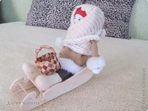 Всем приветик! В марте я была на ярмарке рукоделия (впервые в своей жизни). Там увидела обрядовых куколок... впервые подержала в руках....и заразилась.... Захотела себе куколку - санницу (правда, я ее сначала - саночница обозвала))) ), хотя может и так правильно тоже) фото 5