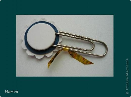 """Продолжается задание по созданию шэдоу-бокса, объявленное Челендж-блогом """"Little fun"""". На этот раз нужно сделать миниатюру  «Тайные знаки», посвященную гороскопу. Подробности здесь:  http://littlefun-by-d.blogspot.com/ Так как сам знак «Весы» достаточно прост, то я решила «удивить» всех (и себя в первую очередь) размерами. Свою миниатюру сделала в виде  ринчика (rinchie - от англ. round inchie """"круглый дюйм"""") – кружочек диаметром 2,5 см). Символ вырезала из простой бумаги, а чтобы придать ему объем, приклеила на основу вспененным скотчем. В качестве рамочки использовала чипборд.   фото 5"""