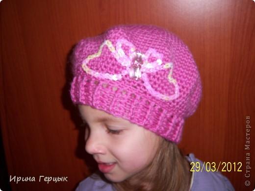 Осенне-весенний беретик для дочки! Связан крючком. фото 10