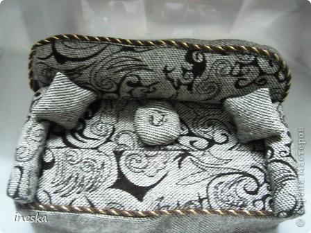 И так вот мой диванчик,какой у него секрет смотрите дальше фото 14