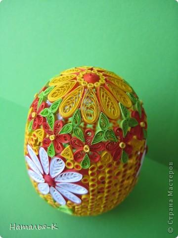 Поделка изделие Пасха Квиллинг Квиллинговое яйцо Бумажные полосы фото 8