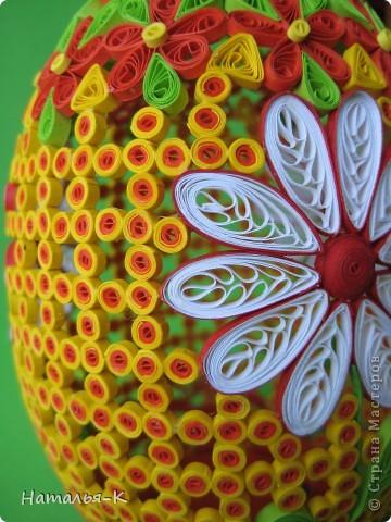 Поделка изделие Пасха Квиллинг Квиллинговое яйцо Бумажные полосы фото 9