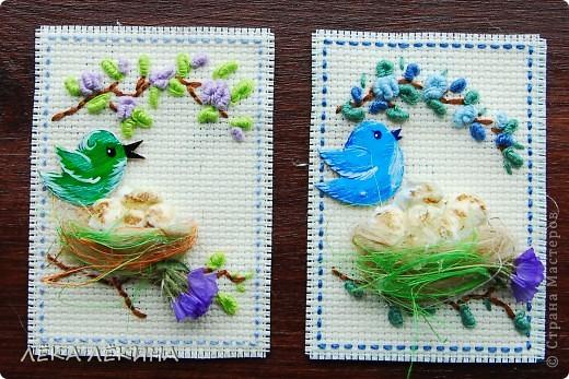 Итак новая серия. Основа вышивка в тенике Рококо. Птички самодельные чипборды, раскрашенные акрилом и покрытые лаком. Моя любимая сизаль и сухоцветы. Вся серия для кредиторов.  фото 3