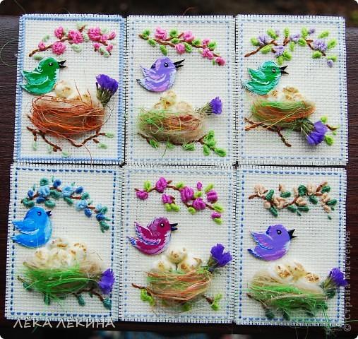 Итак новая серия. Основа вышивка в тенике Рококо. Птички самодельные чипборды, раскрашенные акрилом и покрытые лаком. Моя любимая сизаль и сухоцветы. Вся серия для кредиторов.  фото 1
