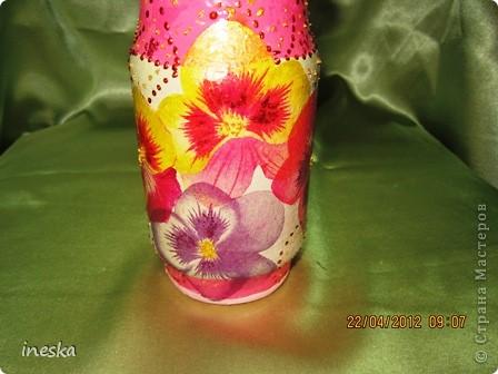 Это моя любимая,люблю цвет ,люблю краклюрчик ,это мой первый опыт краклюра на ПВА,очень понравилось его делать,салфетку тоже люблю,такая себе вьющаяся веточка с нежными цветочками и пчелками фото 16
