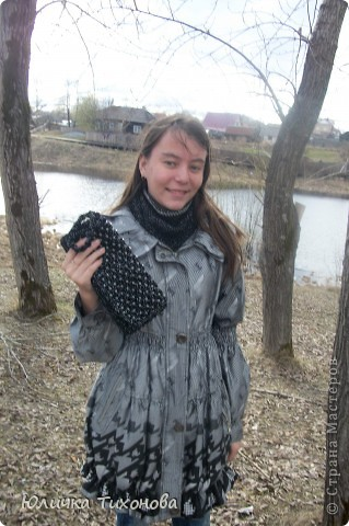 """Здравствуйте! Хочу представить клатч. Но и бактус я тоже хочу представить... Как узнала про конкурс """"Вязанная сумка - стильный аксессуар"""" решила сразу же связать клатч к моему бактусу. """"Учавствую в конкурсе фотографий"""""""