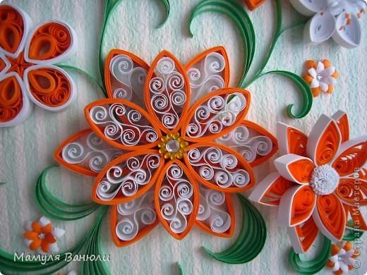 Всем добрый день! Давно я уже обещала сделать эту картинку в оранжевом цвете своим друзьям для их новой оранжевой кухни. Но в последнее время увлеклась холодным фарфором и все никак не могла собрать ее. А тут такой замечательный повод- день рождения! фото 2