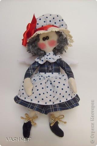 Прошу любить - Бетти! Она появилась вдогонку Луше - первенцу моей серии Ангелушек (название куколки произошло от ее  имении). а что это уже серия - стало понятно при первом взмахе ножниц!... Столько идей!...  фото 1