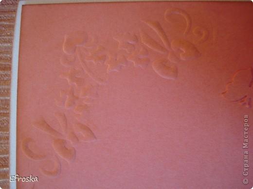 Доброго всем времени суток! Я опять с открытками... Получились они в одной цветовой гамме, хотя и делались в разное время.  Использовала бумагу для акварели в качестве основы, бумагу для пастели, фоны распечатаны на офисной бумаге, цветок самодельный по МК Светланы: http://stranamasterov.ru/node/321021 , за что ей огромное спасибо, лепестки у него тонировала штемпельной подушечкой, листики покупные, ну и конечно же дырокольные бабочки.  фото 8