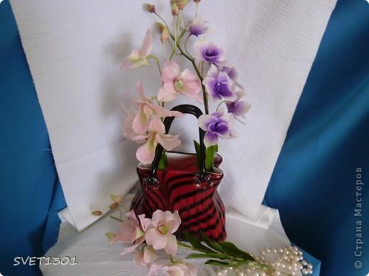 Другой подруге на день рождения слепила три ветки орхидеи. Планирую слепить ещё две, но не уверенна, что успею. Пока такой букет получился. фото 3