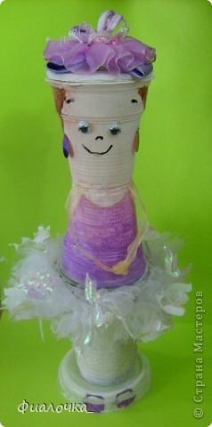 Всем здравствуйте! Хочу показать вам балеринку, которую я сделала из одноразовых пластиковых стаканчиков! фото 5