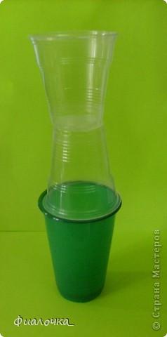Всем здравствуйте! Хочу показать вам балеринку, которую я сделала из одноразовых пластиковых стаканчиков! фото 3