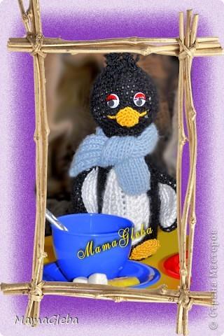 Панда, пингвин и то, из чего они сделаны - баночка от Актимеля. Внутри в первом случае - монетки, во втором - горох. фото 3