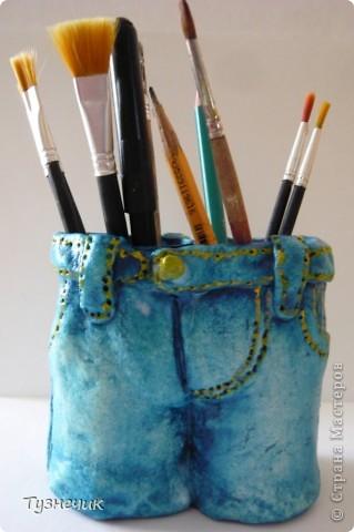 Ну вот теперь и у меня есть соленые штанишки - подставка для кисточек, карандашей и прочего....Делала по МК STRENFLEX ( http://stranamasterov.ru/node/162462?c=favorite )...Правда, у меня получились корявые, кривоватые, но я так рада, что они у меня  ВООБЩЕ получились.......)))))) фото 2